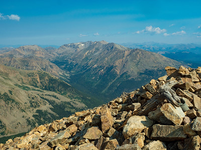 View from the summit of Mt Elbert, looking north west.