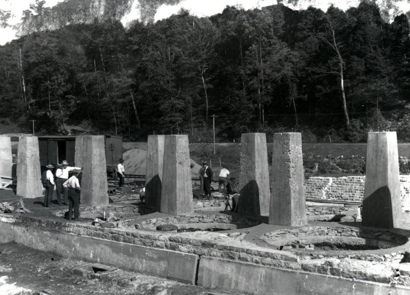 Building the Coke Ovens