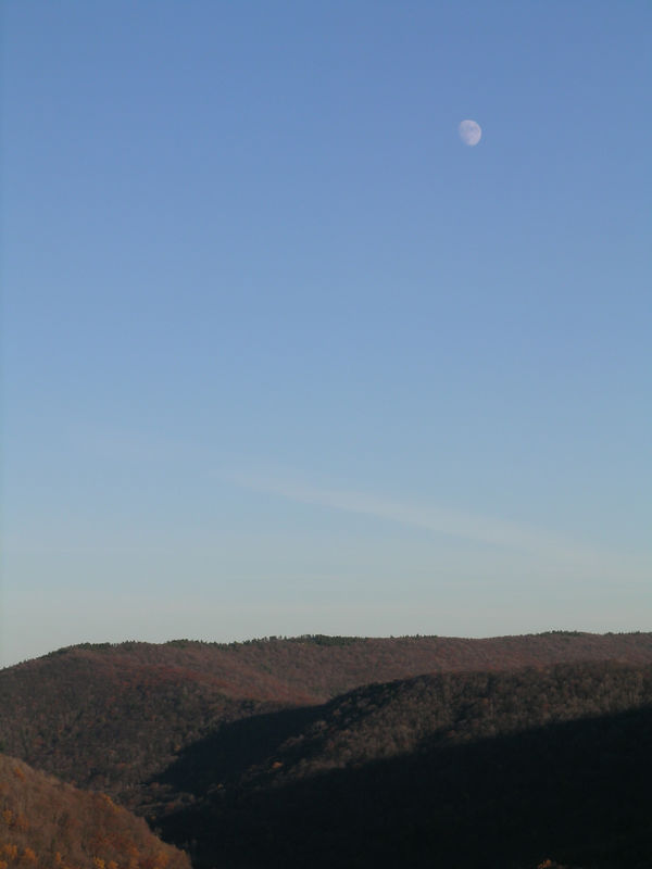 Rising moon over Red Run gorge.