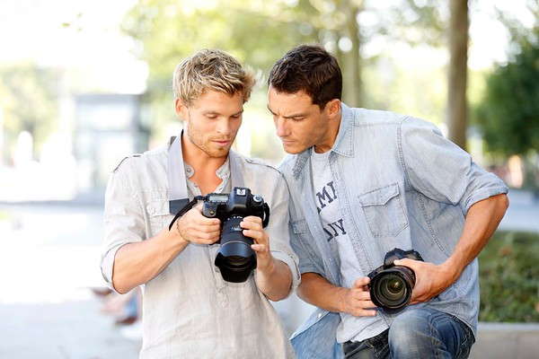 Young photographers on a training day outside