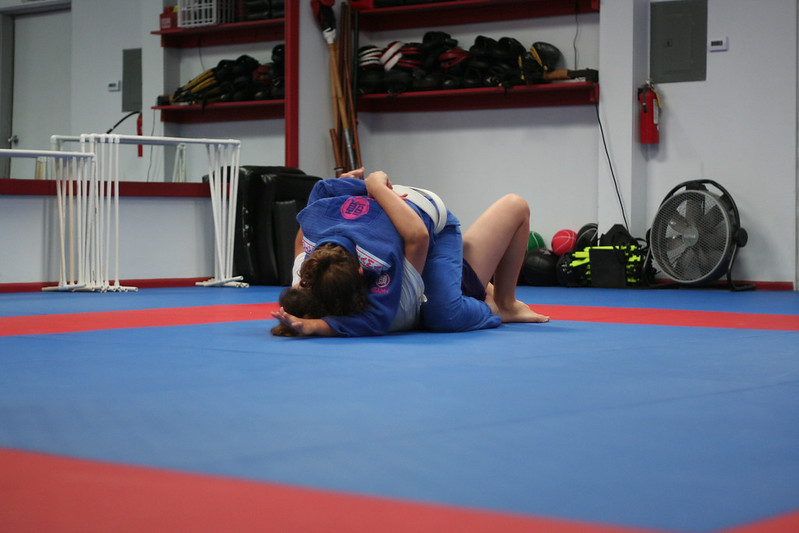 Kat from Snyder's LDMA working a Choke.