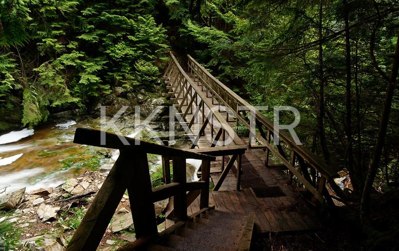 Bridge across Brothers Creek