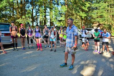 Start line area (Nelson Canyon Park).  Glenn briefs runners.