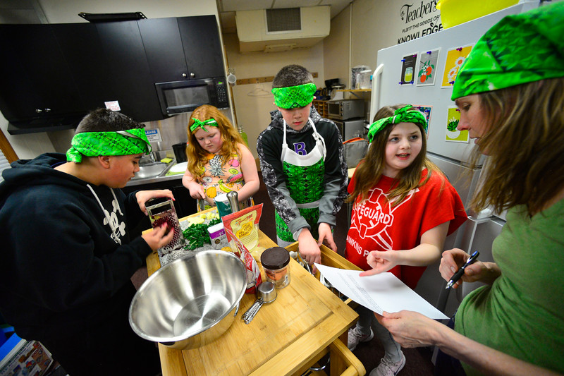 KRISTOPHER RADDER — BRATTLEBORO REFORMER<br /> A team of Junior Iron Chef from Green Street School train for the state competition on Wednesday, Feb. 27, 2020.