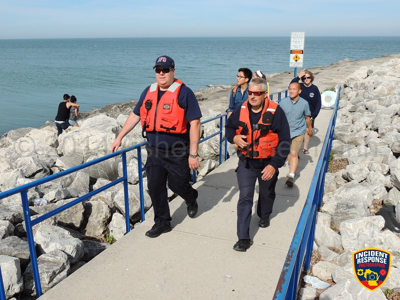 The MABAS Division 113 Dive Team held their annual Lake Michigan dive scenario in Sheboygan, Wisconsin on Monday, June 16, 2014. Photo by Asher Heimermann/Incident Response.