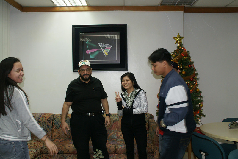 Joann, mem Chona and Rommel our instructor