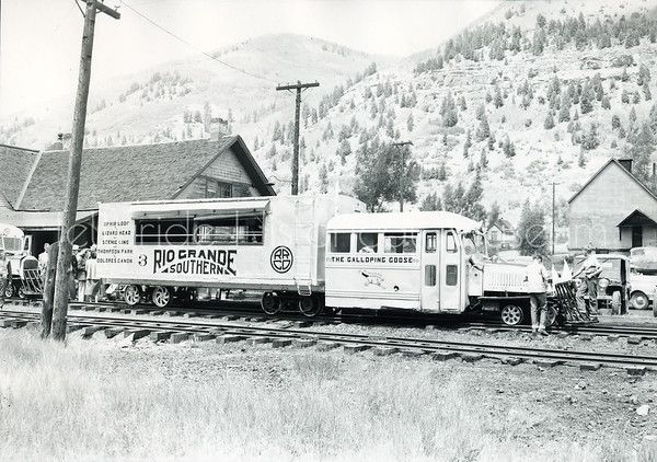 2004-01-004: Galloping Goose No.3 In Front of Telluride Depot