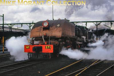 Zimbabwe Steam railways 15th class Beyer Garratt 4-6-4 + 4-6-4 no. 371 circa 1995. [Photographer not known/Mike Morant collection]