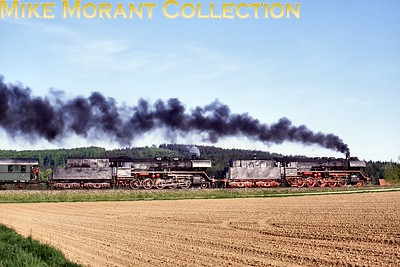German preserved steam. DB -  Deutsche Bahn -  2-cylinder Kriegslok 2-10-0's nos. 50 0072 and 3600 taken on 8/5/94 but the location isn't stated on the transparecy unfortunately. [Ron Lingley / Mike Morant collection]