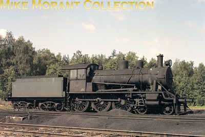 Valtionrautatiet  - Finnish State Railways -  VR Hv3 class 4-6-0 no. 781. [Mike Morant collection]