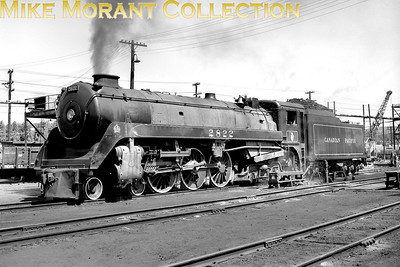 Canadian Pacific Royal Hudson>/i> 4-6-4 No. 2822 at Montreal in 1957 [Mike Morant collection]