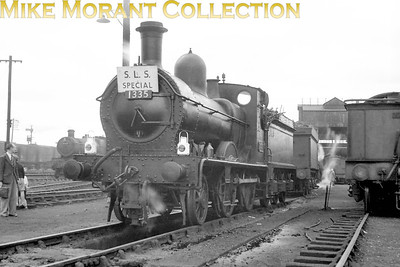 SLS: Shipston Branch Tour 31/8/52 Former MSWJR 2-4-0 no. 1335 at at Oxford mpd. 1335 dated from 1894 and this would be its last outing as she had already been held in store at Swindon since March and withdrawal, officially from her home shed of Reading, would follow in the September.