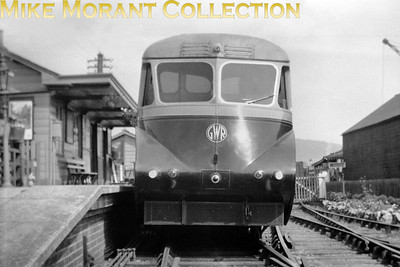 An unidentified Collett 'Flying Banana' railcar in original GWR livery and possibly posed when new at Monmouth May Hill station. A viewer has suggested that this is either 13,14 or 16 in the spring of 1935. [Mike Morant collection]