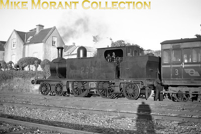 Robinson designed and Kitson built for the WLWR in 1896, CIE C5 class 4-4-2T no. 269 continued in service until 1957 thereby becoming the last Robinson designed loco in service in Ireland. The location of this picture isn't known as yet. [Mike Morant collection]