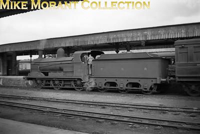 Vintage Irish Railways - Northern Ireland - GNRGNR(I) PG class 0-6-0 no. 100 on station pilot duty at Strabane station on 3/9/53.