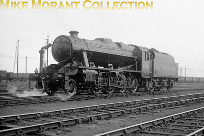 It's easily forgotten that during WW2 Stanier 8F 2-8-0's were built for the LNER and were classified as O6. Here we see Brighton built no. 3505 seemingly brand new at Doncaster complete with LNER on the Stanier tender. All this class were subsequently sold to the LMSR in 1947 with this example being numbered 8710. Its BR number 48710 was applied in June 1949 and withdrawal came at Royston mpd in September 1967.
