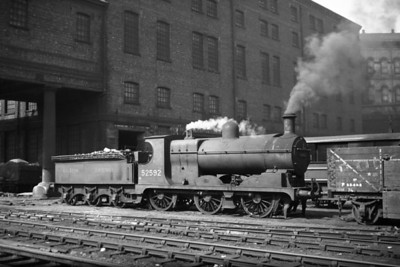 L&YR Hughes class 27 3F 0-6-0 no. 52592 is depicted here at Huddersfield with the earliest form of BR branding on the tender. 52592 wouldn't be around for long after rhis picture was taken as it was withdrawn at Mirfield mpd in August 1954 after 65 years of hard graft.