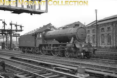 Modified Gresley 'Hunt' class4-4-0 no. 62769 The Oakley at York. 62769 had been redesignated as a D49/2 with the fitting of Reidinger rotary valve gear in 1949 whilst allocated to Scarborough shed and that was where she stayed until withdrawal in Sepyember 1958. [Mike Morant collection]