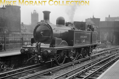 Ian Allan: The Railway World Special  23/5/54 London Transport 'E' class 0-4-4T no. L48 at Moorgate. [Mike Morant collection]