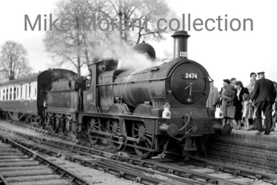 REC: The South Midlander 24/4/55 GWR Dean Goods 0-6-0 no. 2474 at Shipston-on-Stour station which had closed on 8/7/29. [Mike Morant collection]