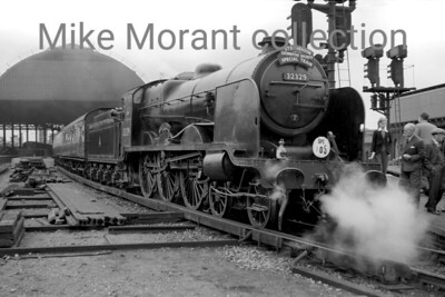 SLS: The Stephenson Special 23/6/56 This special celebrated the 50th anniversary of the Stephenson Locomotive Society (SLS) and N15X 4-6-0 no., 32329 was appropriately the chosen motive power for the first leg from London Bridge, depicted here, to Brighton non-stp via the Quarry Line. It was also the first rail tour in which I participated. Originally a Lawson Billinton LBSCR 4-6-4T, 32329 Stephenson was rebuilt in 1935 to become the none too successful N15X 4-6-0 we see here. We had a lively non-stop ride to there from London Bridge as I recall and the fairly tight schedule was adhered to but 32329 took no further part in the day's activities. 32329 would be withdrtawn in the following month but this trip wasn't its swansong as it would be the motive power for one more enthusiasts' tour. [Mike Morant collection]