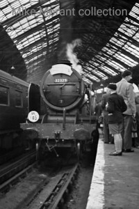 SLS: The Stephenson Special 23/6/56 A rather poor shot But the only one I've thus far been able to find of this leg of the first rail tour in which I was a participant. Originally a Lawson Billinton LBSCR 4-6-4T, 32329 Stephenson was rebuilt in 1935 to become the none too successful N15X 4-6-0 we see here at the buffer stops at Brighton. We had a lively non-stop ride to there from London Bridge as I recall and the fairly tight schedule was adhered to.