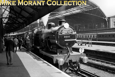 SLS: London, Chatham & Dover Rail Tour 19/5/57 Maunsell D1 class 4-4-0 no. 31545 was exquisitely turned out for this tour and is depicted here awaiting departure from Victoria.