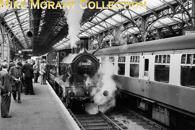 SLS: London, Chatham & Dover Rail Tour 19/5/57 Wainwright/Stirling O1 class 0-6-0 no. 31434 at Dover Marine station. [Mike Morant collection]