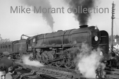 SCTS: The South Western Rambler Rail Tour 8/3/64 BR Standard 9F 2-10-0 no. 92209 at Blandford Forum station on S&DJR metals. According to my notes here no. 92209 was a Cardiff East Dock engine at the time. [Mick Wildey / Mike Morant collection]