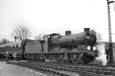 LCGB: The Hampshire Venturer Railtour 18/4/64. Maunsell 'Q' class 0-6-0 no. 30548 at Romsey. [Mike Morant collection]