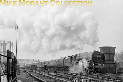 LCGB: The Notts and Lincs Rail Tour 24/4/65 BR Standard 7MT No. 70052 Firth of Tay departs from St. Pancras en route for Nottingham Midland.