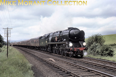 RCTS: The Solway Ranger 13/6/64 Bulleid rebuilt 'Merchant Navy'pacific no. 35012 United States Line in the capable hands of driver Bert Hooker at Grayrigg.