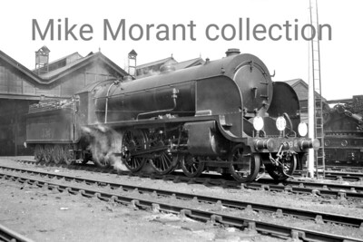"""Southern Railway H15 class 4-6-0 no. E334 at Eastleigh mpd circa 1931/2 being after the fitting of smoke deflectors in 1930 but before the removal of the 'E' prefix from its number in 1932. E334 was a 1924 Maunsell rebuild of a Drummond F13 class loco. Withdrawal as BR no. 30334 came at Salisbury in June 1958. [Mike Morant collection]"""