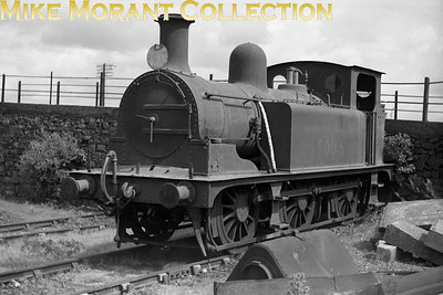 LCDR 'T' class 0-6-0T no. 500S was a Kirtley design built at the company's works at Longhedge in 1890. Transferred to service stock and renumbered from 607 to 500S, it moved to foreign territory at Meldon Quarry on the LSWR in 1938 and remained there until withdrawal in November 1949.