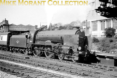 Maunsell Schools class 4-4-0 no. 30901 Winchester prepares for departure from Bournemouth Central whilst in charge of a Brighton service circa 1959. 30901 was a Brighton allocated engine from March 1958 until falling victim to the great cull of December 1962.