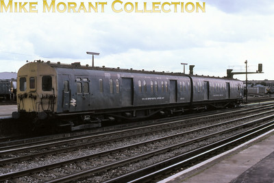 Southern electric mobile stores SUB unit NO. 024 at Eastleigh in April 1980.