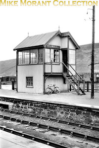 An early 1950's shot of Helmsdale signal box taken before a modern fluorescent lamp got in the way. [Mike Morant collection]