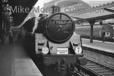 SCTS: The West Country Special 13/11/66 This was basically an interesting route for a rail tour but with nothing special in the way of branch lines and such. BR Standrard 5MT 4-6-0 73065 took the longest leg of the trip from Victoria via Norwood Junction, Redhill, Guildford and Reading General to Westbury where 34019 took over haulage duties to Exeter Central via the GWR route. 73065 is depicted here ready for departure at the start of the trip from the SE side of Victoria station.