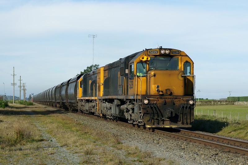 Coal Train at Aylesbury