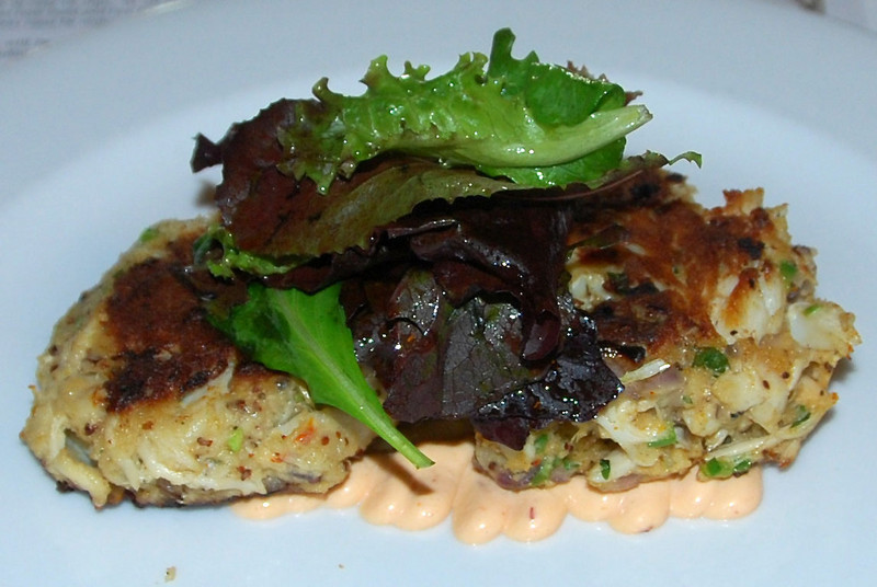 DSC_0122: The lumpy crab cakes were very lumpy, and fantastically good with the chipotle remoulade.