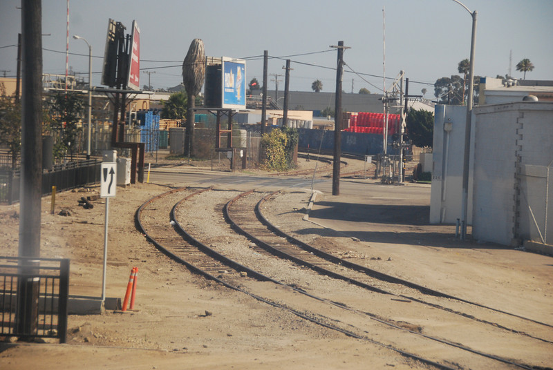 DSC_0284: Off to the Ventura County Railroad (VCRR), now part of Rail America. This is just south of the Oxnard station.