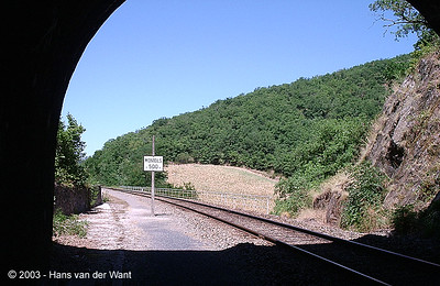 Exit of the tunnel just before Monteils station.