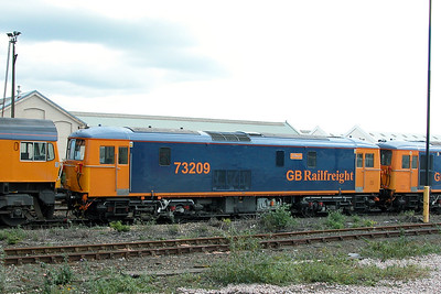 Class 73 No 73209 at Eastleigh on 17 October 2004