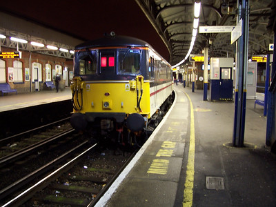 Night Shift at Clapham Junction, Esher, West Byfleet & Weybridge (21-04-2004)