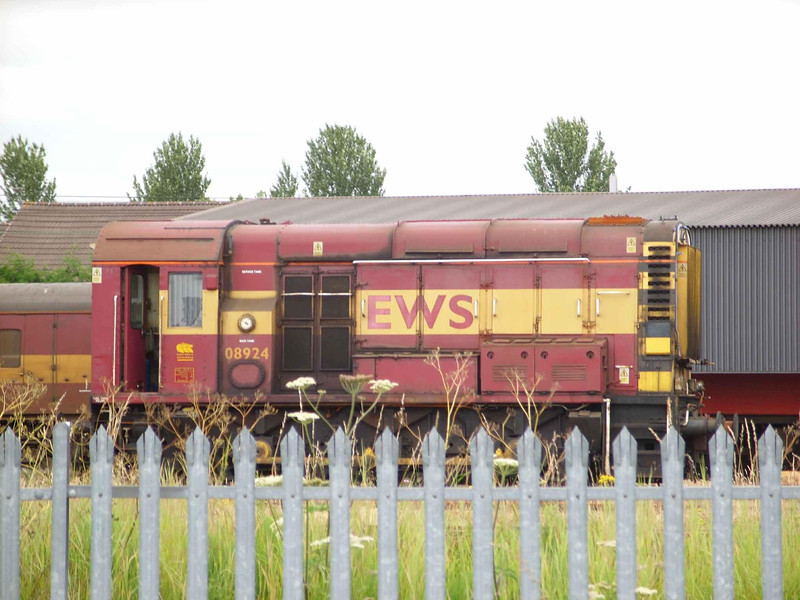 08924 - Motherwell Depot<br /> <br /> (This shunter is still in store, but has moved to Barrow hill)