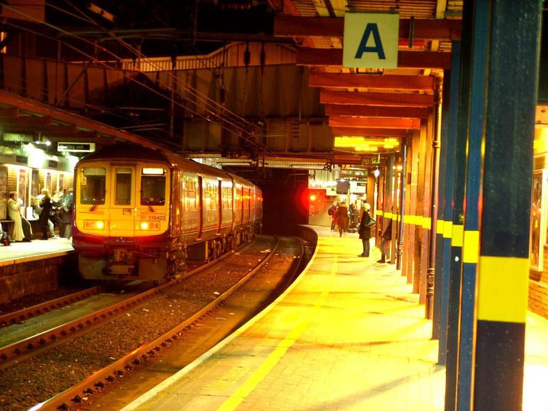 319422 - Kings Cross Thameslink