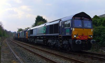 66418 piloting failed 37601 and 37604 on 6C53 Crewe Coal Sidings - Sellafield, 17/04/09.
