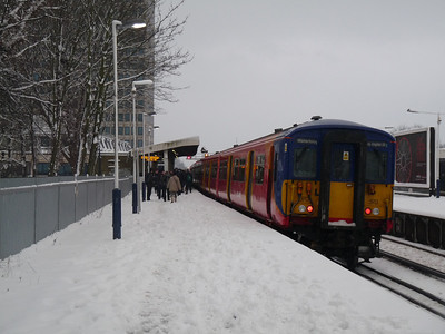 Clapham Junction Snow (02-02-2009)