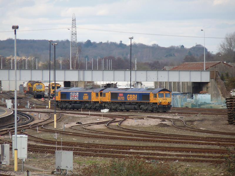 66705 & 66703 - Eastleigh