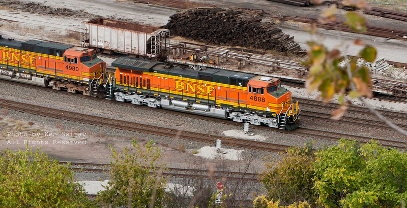 BNSF Dash 9-44CW's 4888 and 4980